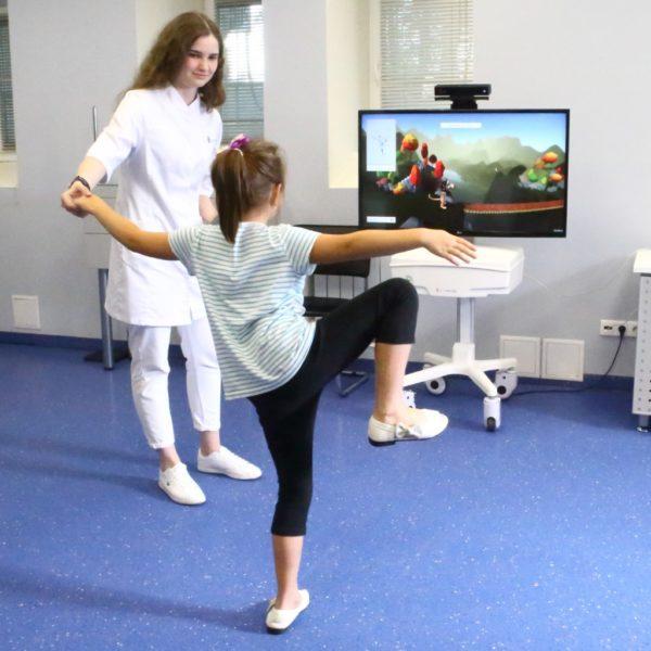Тренажер для двигательной реабилитации детей с ДЦП